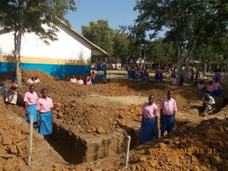 Children in foundations of new classroom