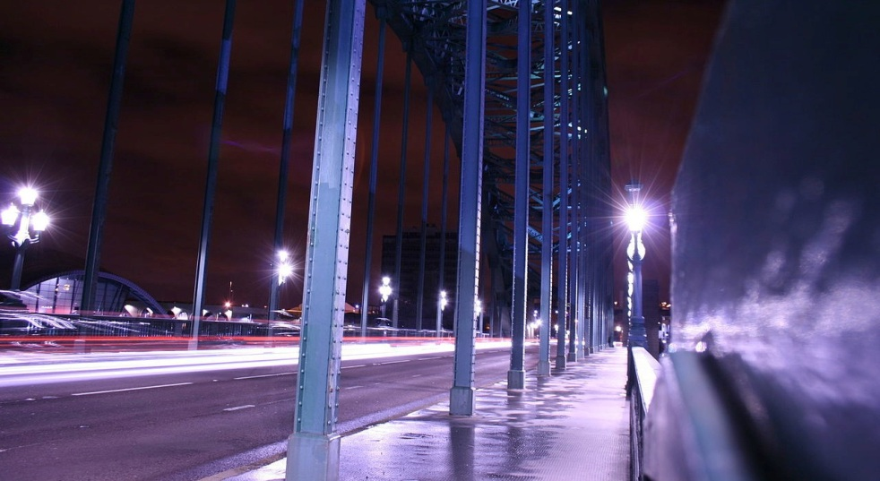 Night time on the Tyne Bridge header