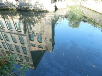 Reflection of the Cluny warehouse