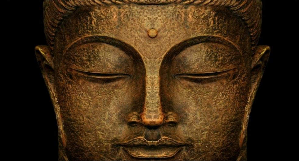 Buddha statue meditating