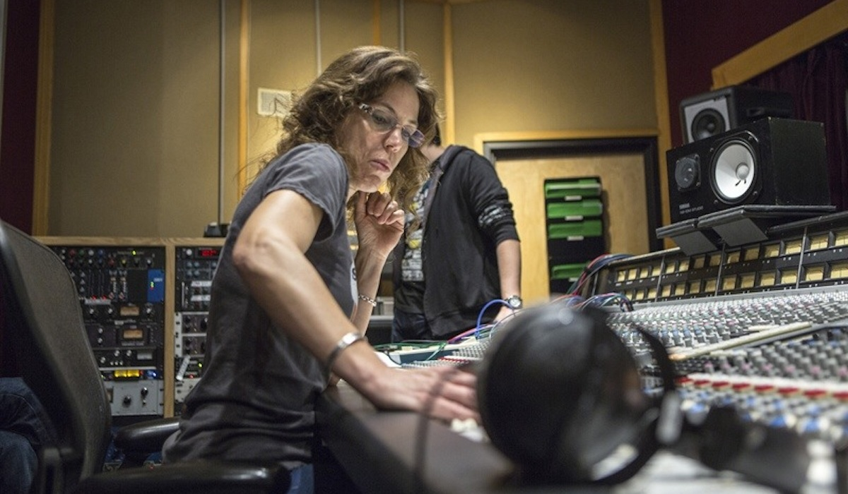 The Only Girl: the search for female soundengineers